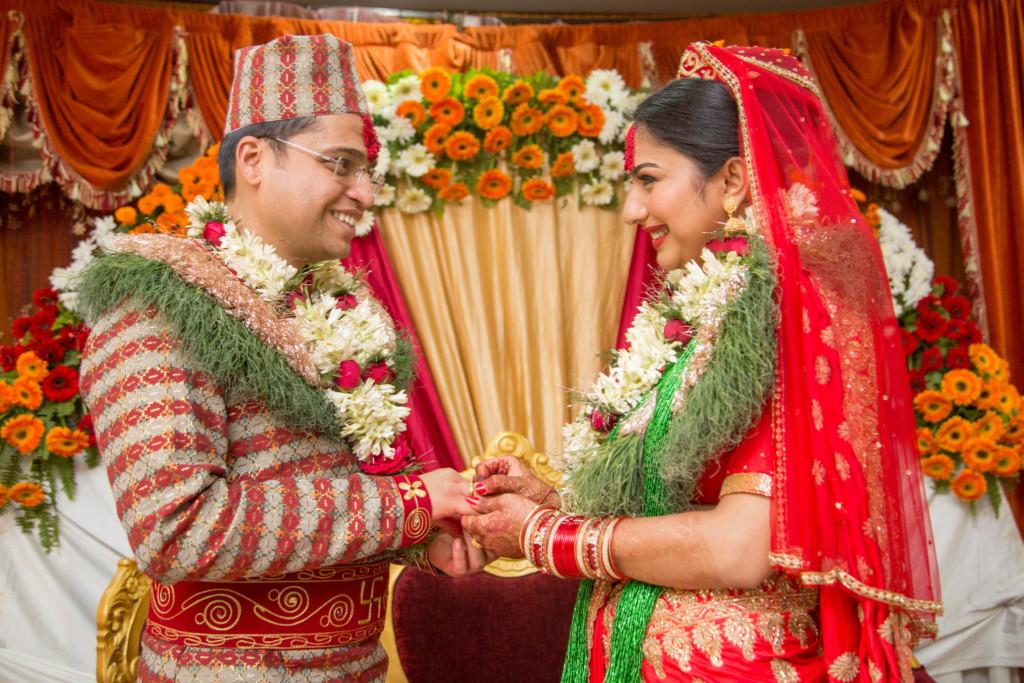 Matrimonio In Nepal : Un matrimonio a kathmandu: momisha e sanjog u2013 monica bari fotografa