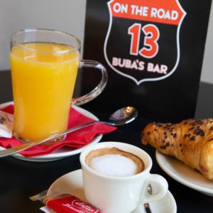 On the road13-Buba's bar